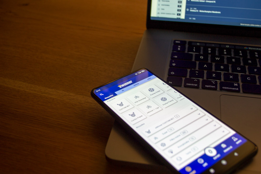 Aplikacja mobilna eWinner